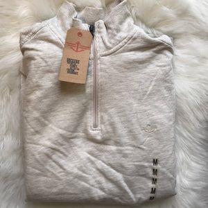 Dockers men's half zipper sweater top size M